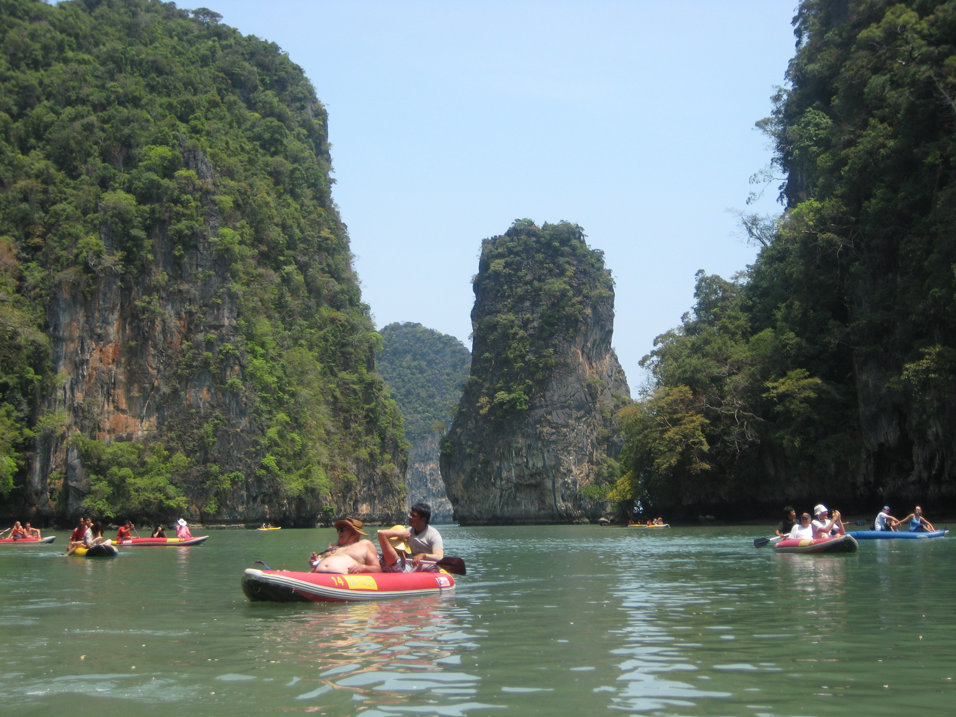 Cave Canoeing in Phong Ma Bay