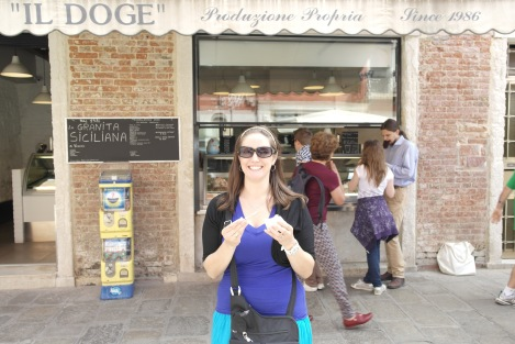 Mrs. G. grubbin' on some gelato with her cardigan and TravelOn purse.  Oh so stylish!