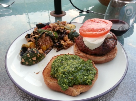 Pesto with Burgers? Yes, with Burgers!